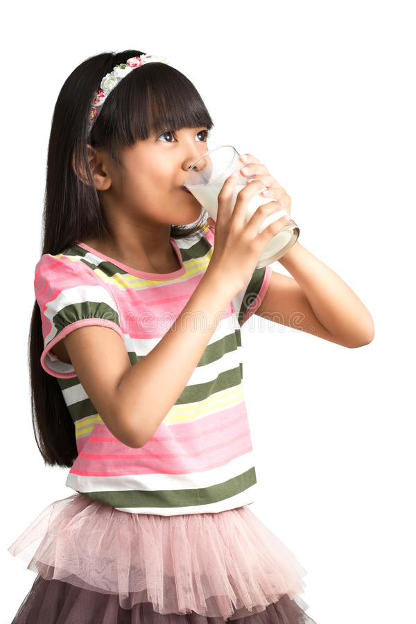 melissa-free-beautiful-asian-girls-drinking-milk-teen