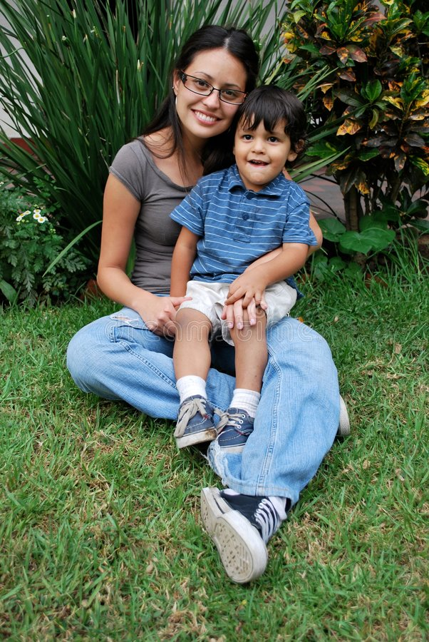 Free Young, Beautiful Hispanic Mother And Child Stock Images - 9222064