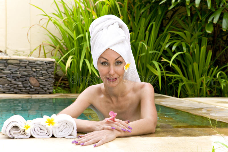 Download The Young Beautiful Woman T Spa Procedures In Poo Stock Photo - Image: 12079604