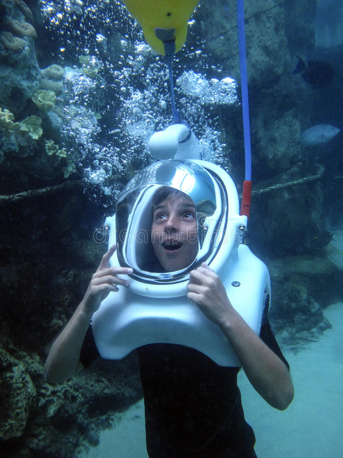 Free Young Boy - Helmet Dive Awe Royalty Free Stock Image - 42003496