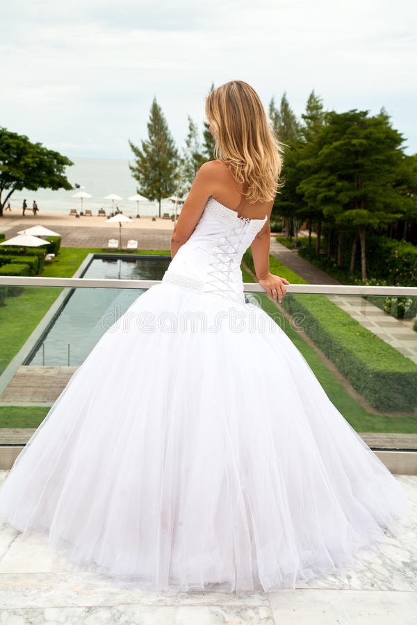Download Young Bride Looking To The Sea Stock Image - Image: 16204725
