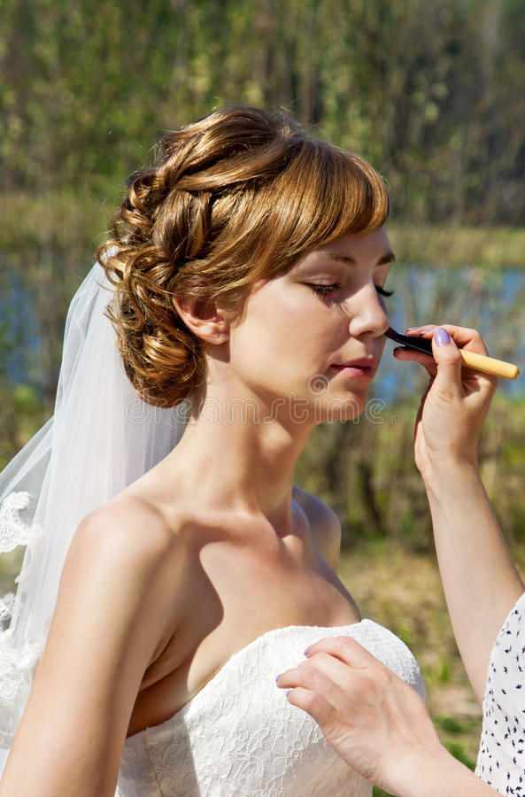 Make-up for bride royalty free stock photos