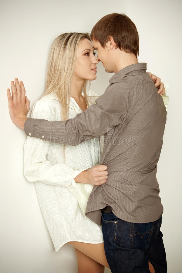 Free Young Couple Royalty Free Stock Photos - 17907668