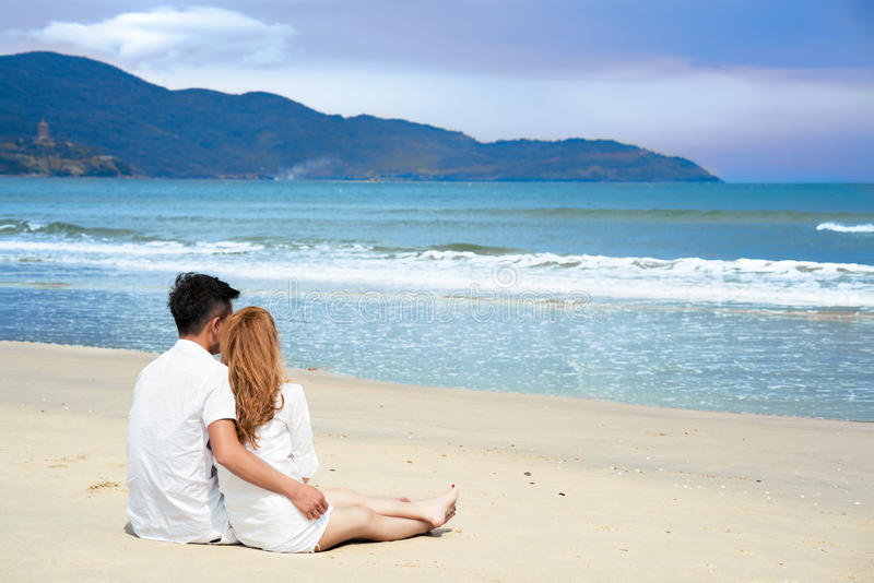 Young couple on the Beach in Da Nang in Vietnam stock images