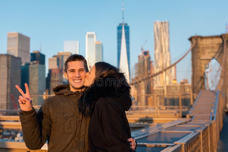 Couple in love on the brooklyn bridge in new york stock images