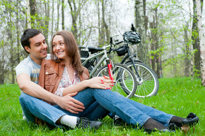 Download Young Couple Resting In A Park Stock Photo - Image: 20497968