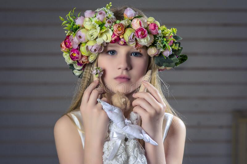 Young Girl Wearing Floral Head Dress Free Public Domain Cc0 Image