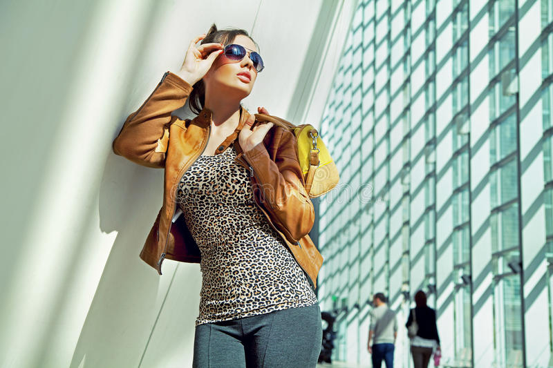 Download Young Lady In The Shopping Mall Stock Image - Image: 27375597