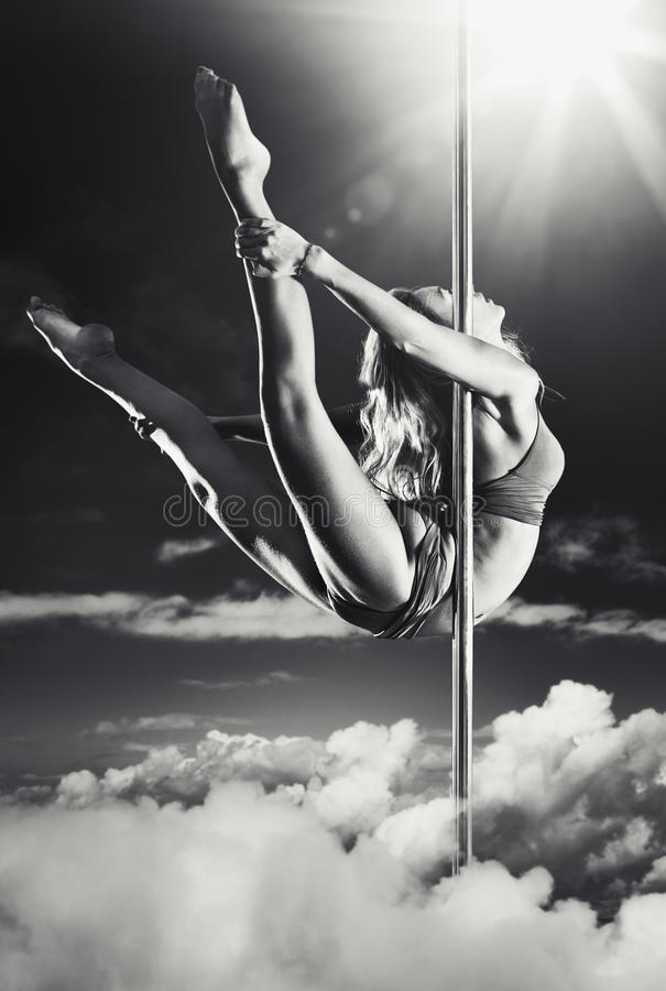 Download Young Pole Dance Woman Royalty Free Stock Images - Image: 20582459