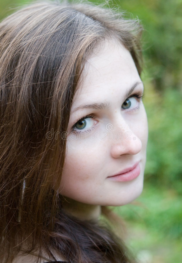 Download Young Woman In The Autumn Park Stock Image - Image: 1411509