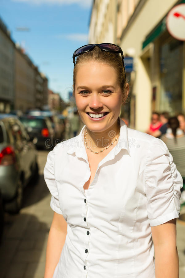 Young Woman In The City At Summer Royalty Free Stock Photos