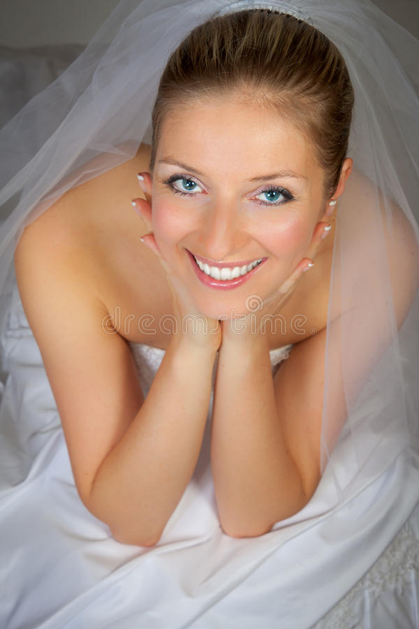 Free Young Woman In Wedding Dress Stock Images - 14435584