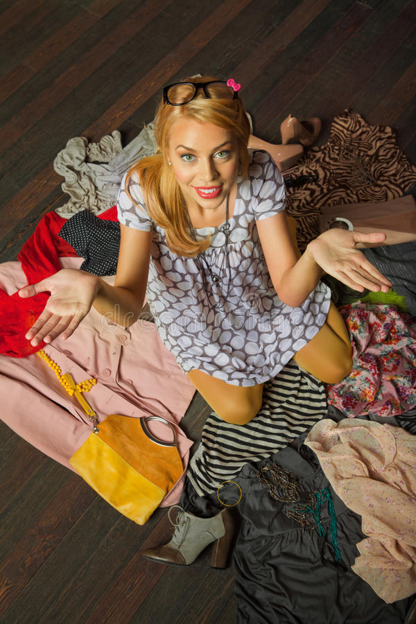 Download Woman Standing In Clothes Royalty Free Stock Images - Image: 30316939