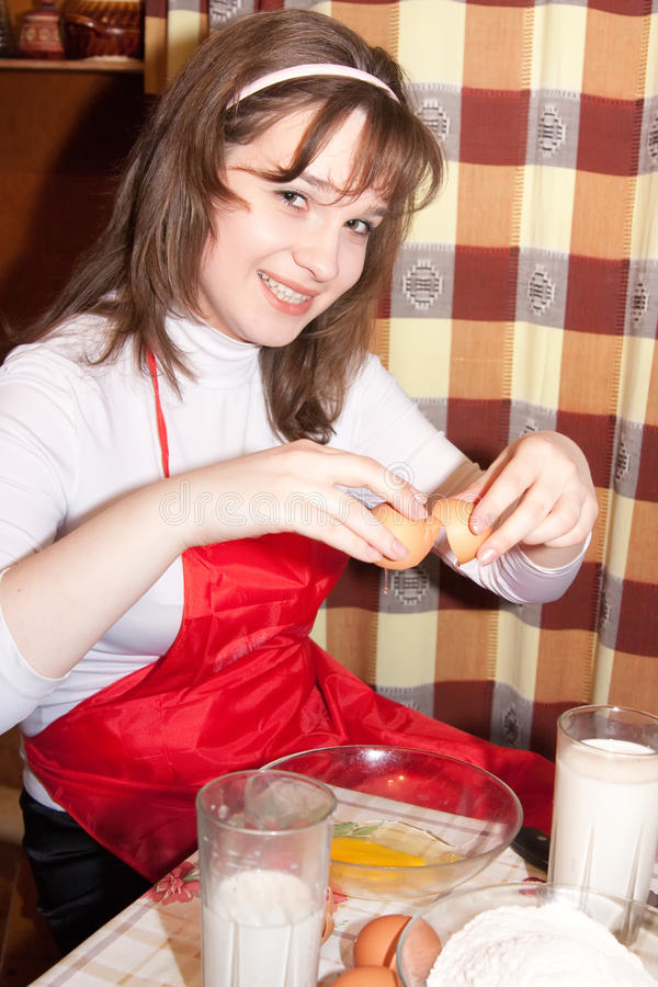 Download Young Women Doing An Omelet Stock Image - Image: 11186767
