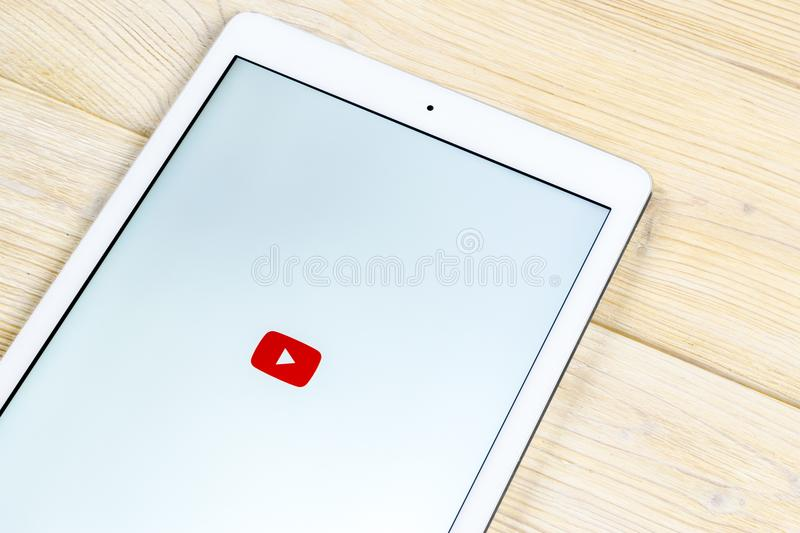 YouTube application icon on Apple iPad smartphone screen close-up. Youtube app icon. Social media icon. Social network. Sankt-Petersburg, Russia, April 2, 2018 royalty free stock photography