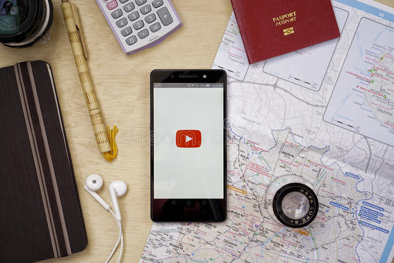 YouTube applikation royaltyfria bilder