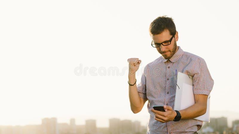 Yrkesmässig entreprenörjobbframgång arkivfoto