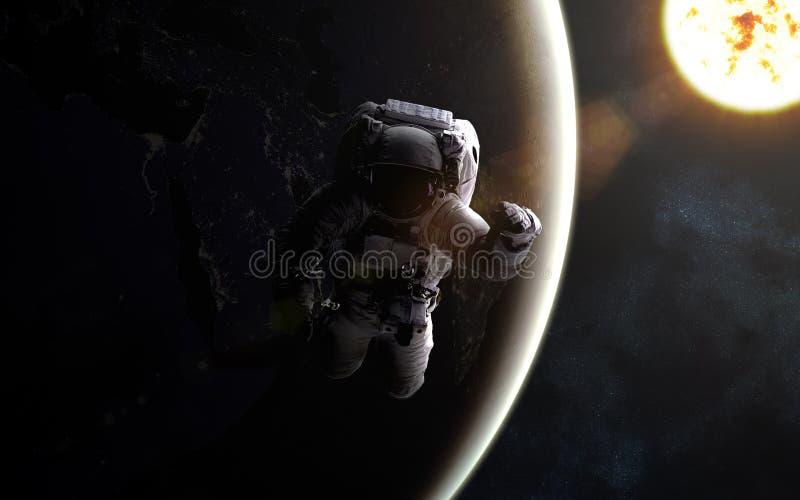 ytterkant avstånd för astronaut Sun och jord royaltyfri illustrationer