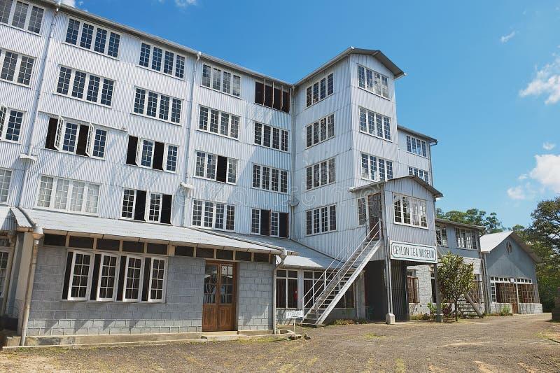 Yttersida av byggnaden för Ceylon temuseum i Kandy, Sri Lanka royaltyfri foto