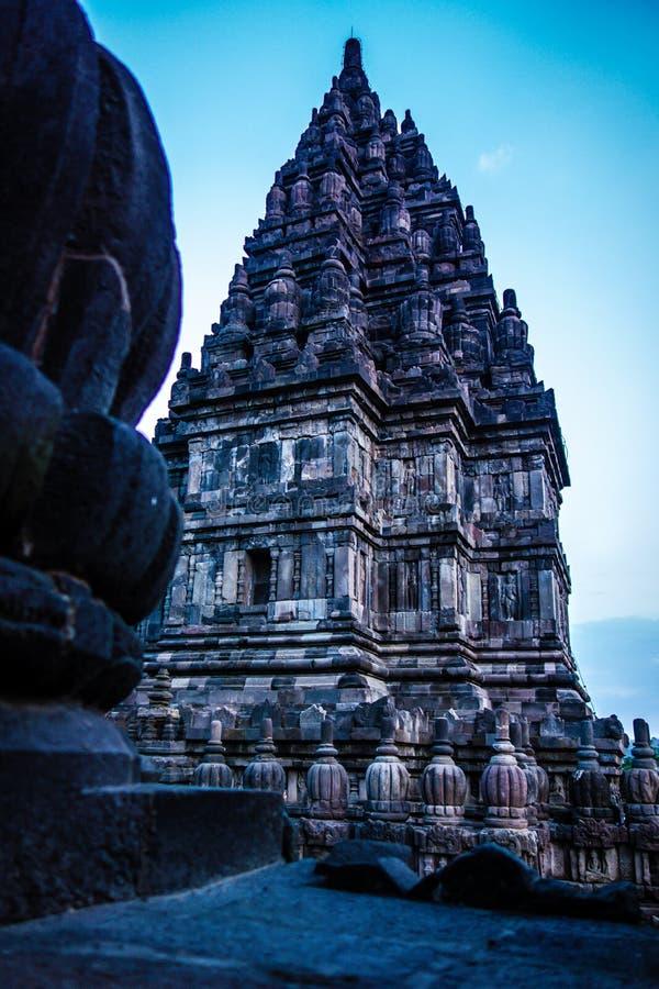 Yttersida av den Prambanan templet, Yogyakarta, Indonesien royaltyfri fotografi