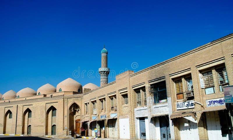 Yttersida av det berömda al-Mustansiriyauniversitetet och Madrasah, Baghdad, Irak royaltyfri fotografi