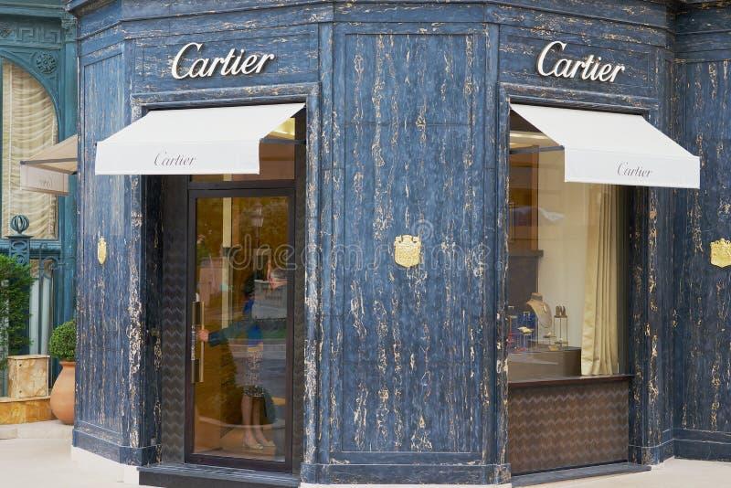 Yttersida av det lyxiga Cartier lagret bredvid den berömda Monte Carlo Casino, Monaco arkivfoton