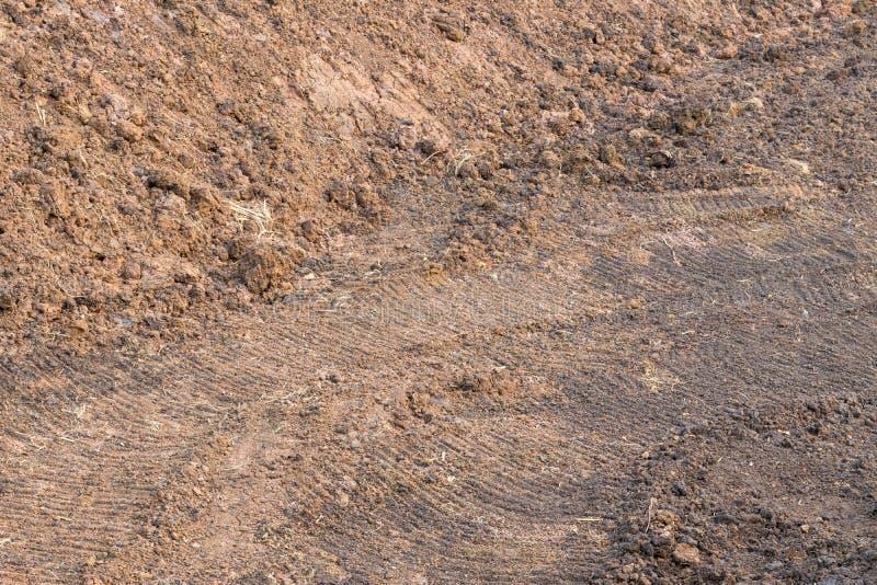 Yttersida av högen av lerartad jord royaltyfria bilder