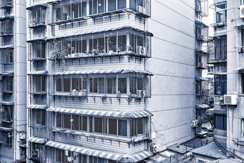 Yttersida av lägenhethuset royaltyfri bild