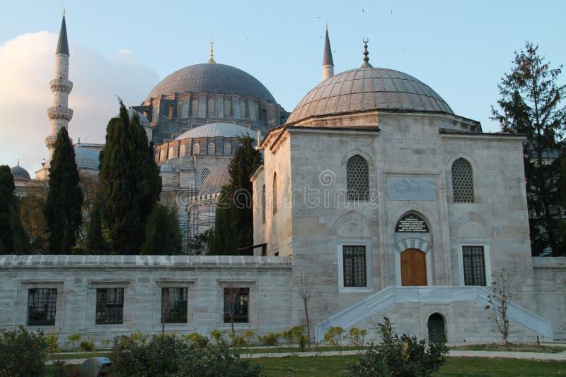 Yttersida av moskén för SÃ-¼leymaniye i Istanbul, Turkiet arkivbild
