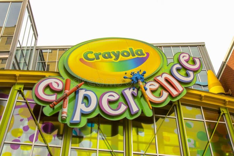 Yttersida för Crayola fabrikserfarenhet royaltyfria bilder