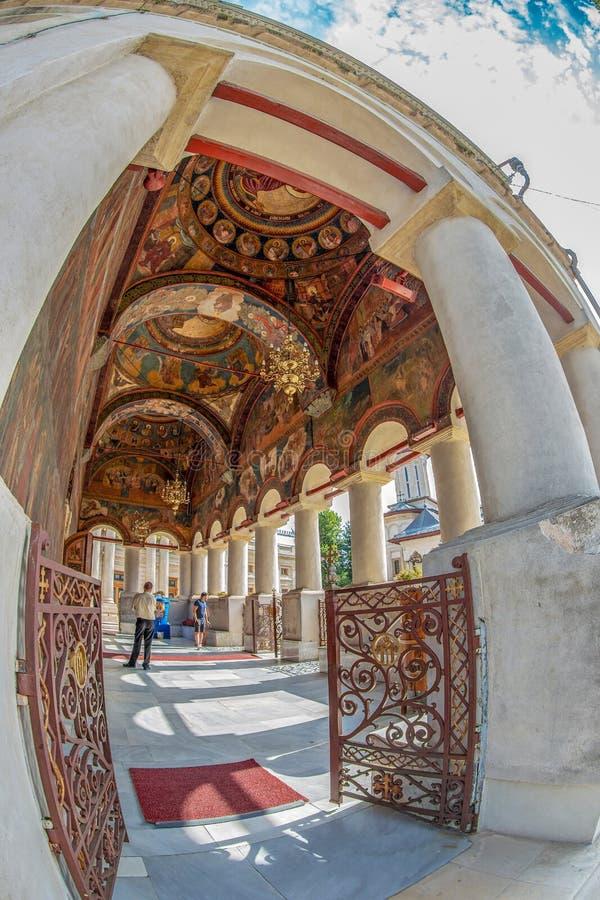 Yttre frescoes på den rumänska ortodoxa patriark- domkyrkan royaltyfri fotografi