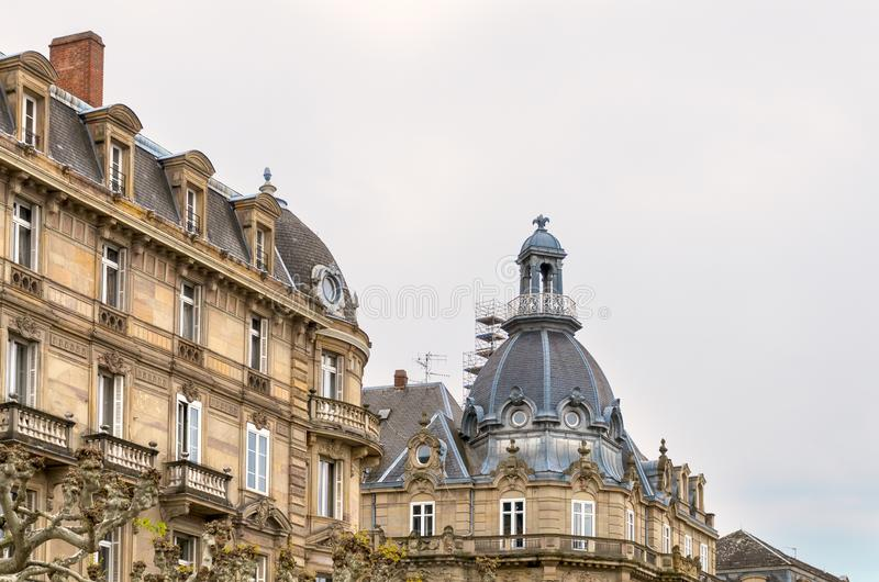 Yttre och hörntorn av historisk byggnad royaltyfria foton