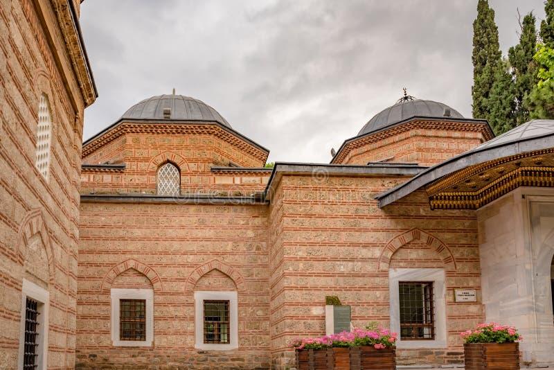 Yttre sikt av den Sultan Murad II gravvalvet, mausoleum i Bursa, Turkiet arkivbilder
