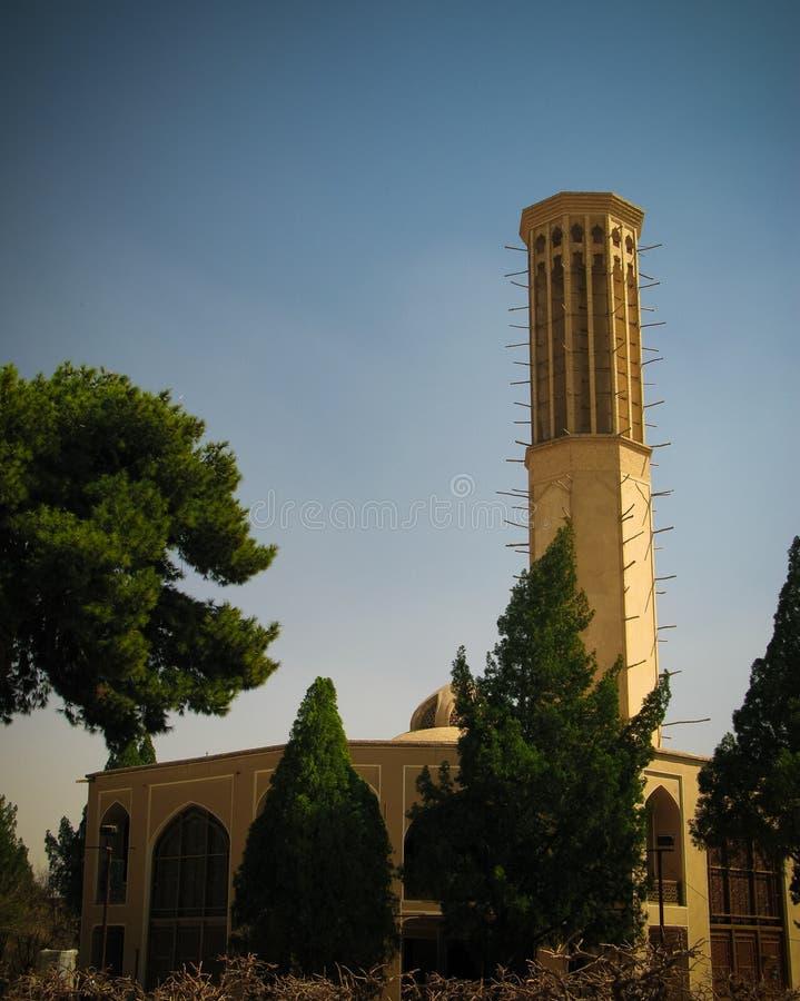 Yttre sikt till den Dolat Abad herrgården, Yazd, Iran royaltyfria bilder