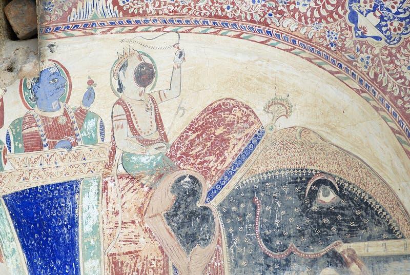 Yttre vägg som smärtar detaljen av havelien i Mandawa, Indien arkivbilder