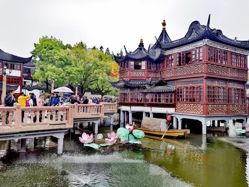 Yu trädgård @ Shanghai Kina royaltyfria bilder