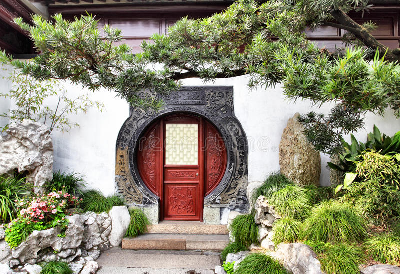 Yu Yuan Garden. Round doorway in ancient Yu Yuan Garden in Shanghai, China stock image