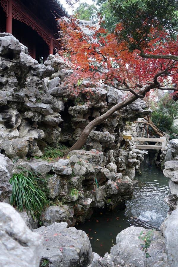 Yu Yuan Yu Gardenin Shanghai, Kina arkivbild