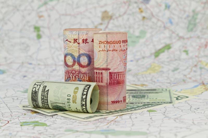 Yuan e dollaro, valute globali fotografia stock libera da diritti