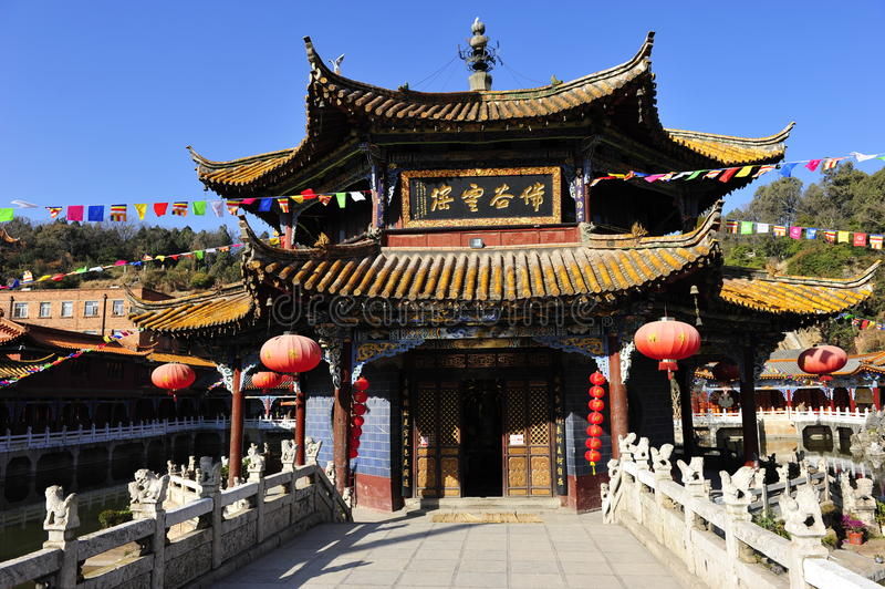 Yuantong tempel arkivbild