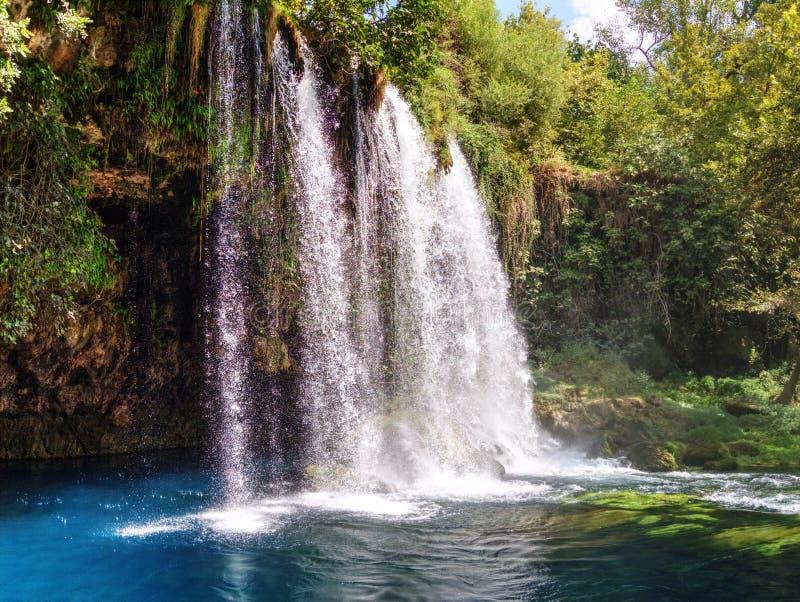 ¼ Yukari DÃ Höhle Åželalesi (DÃ-¼ Höhle Wasserfälle) - Antalya - die Türkei lizenzfreies stockfoto