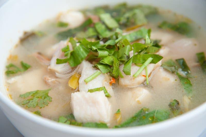 Yum de Tom de fruits de mer : Thaï célèbre image stock