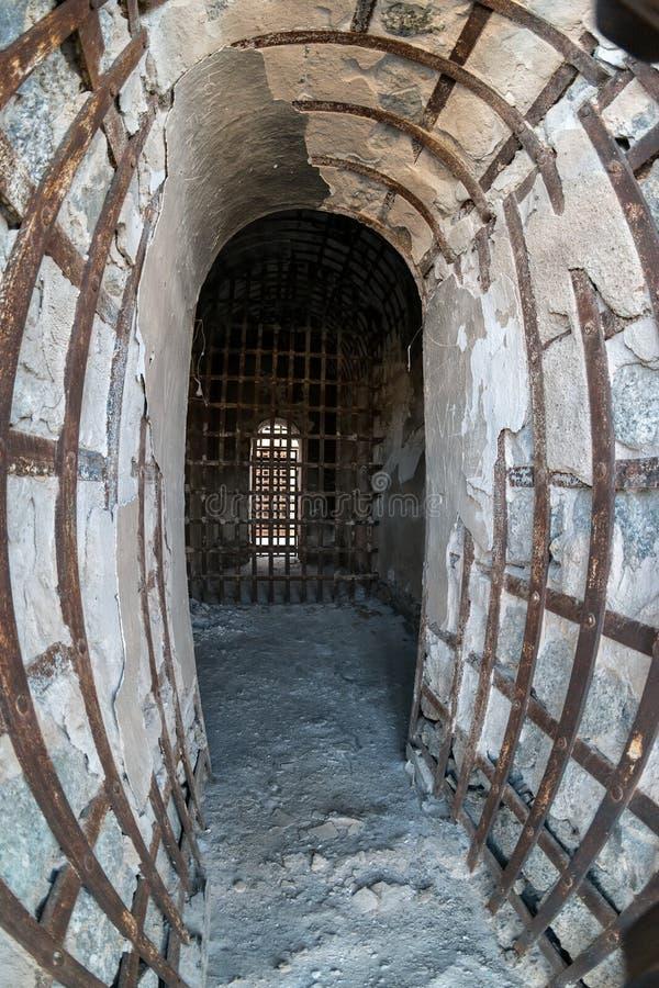 Yuma Territorial Prison, het verslechteren cellen stock foto's