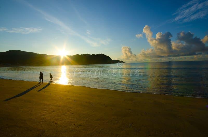 Yumigahama海滩,日本黎明。 库存图片