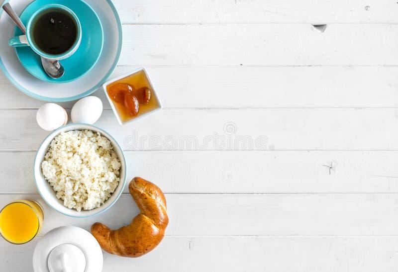Yummy śniadanie, dodatkowego teksta przestrzeń opuszczał, topview fotografia stock