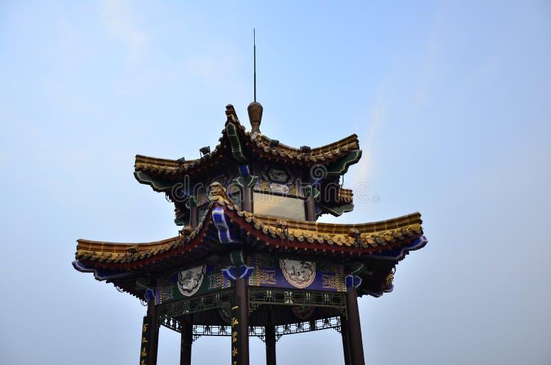 Yunlong山顶的Yunlong山观察亭子在徐州中国 免版税库存照片