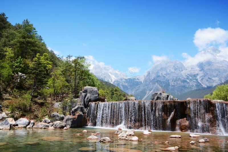 Yunnan Lijiang Błękitny Księżyc jezioro fotografia stock