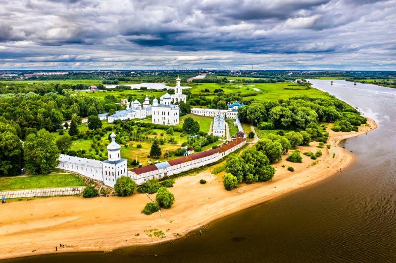 Yuriev o il monastero di St George, uno di più vecchi monasteri in Russia fotografia stock libera da diritti