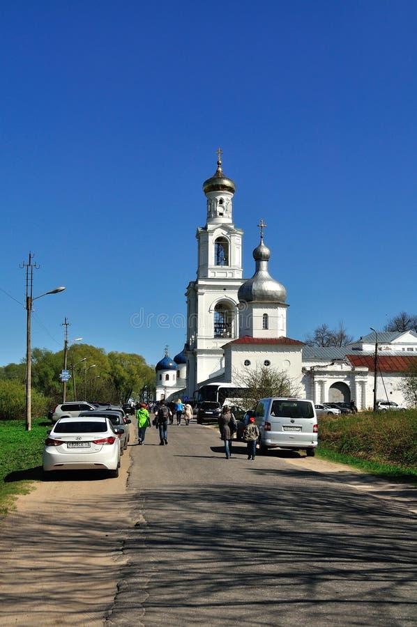 Yurievklooster in Veliky Novgorod, Rusland stock fotografie