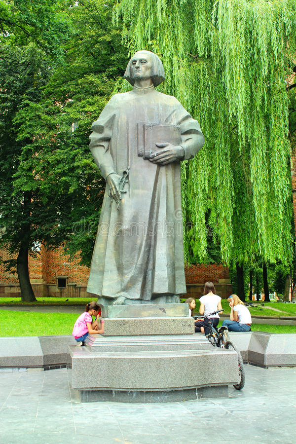 Yuriy Drohobych monument i den Drohobych staden arkivbilder